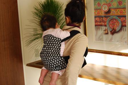 赤ちゃんのおんぶ紐5